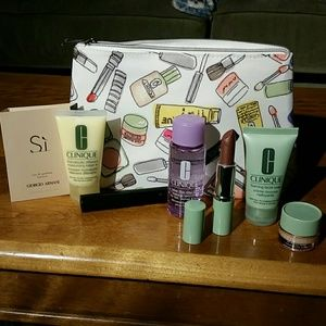 Clinique - 7 piece kit w/Armani Si sample-NWOT